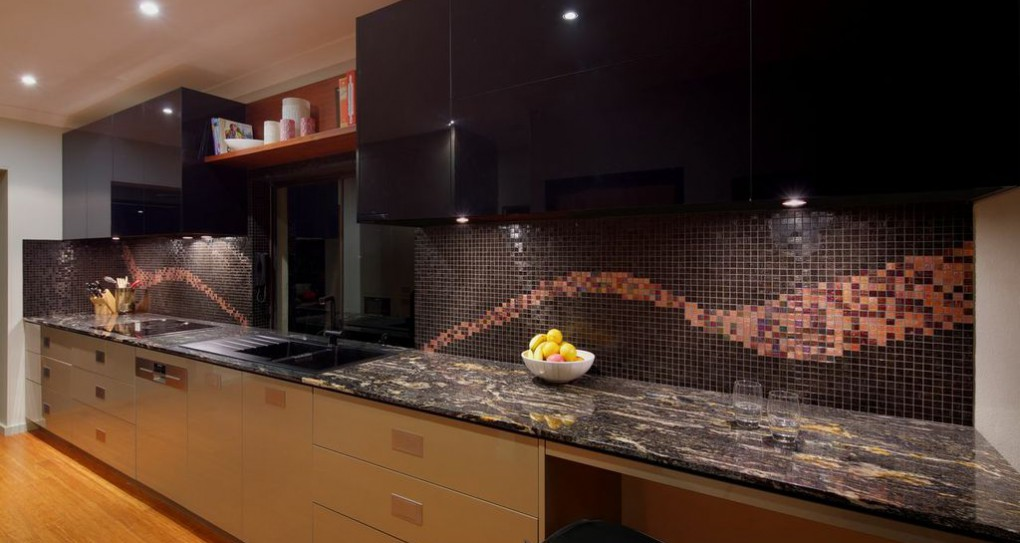 KITCHEN MOSIAC SPLASHBACK